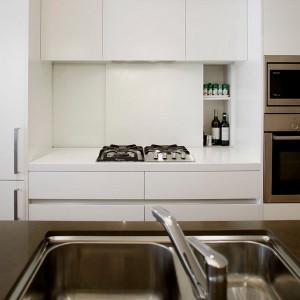 smart-concealed-kitchen-storage-spaces1-2
