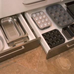 smart-concealed-kitchen-storage-spaces9-1