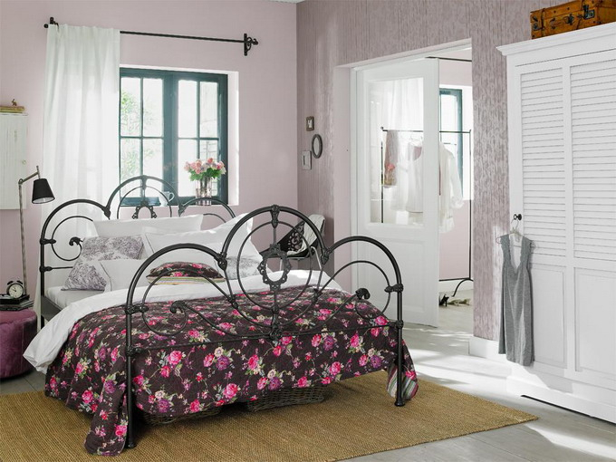 provence-style-details-in-3-rooms3-bedroom1