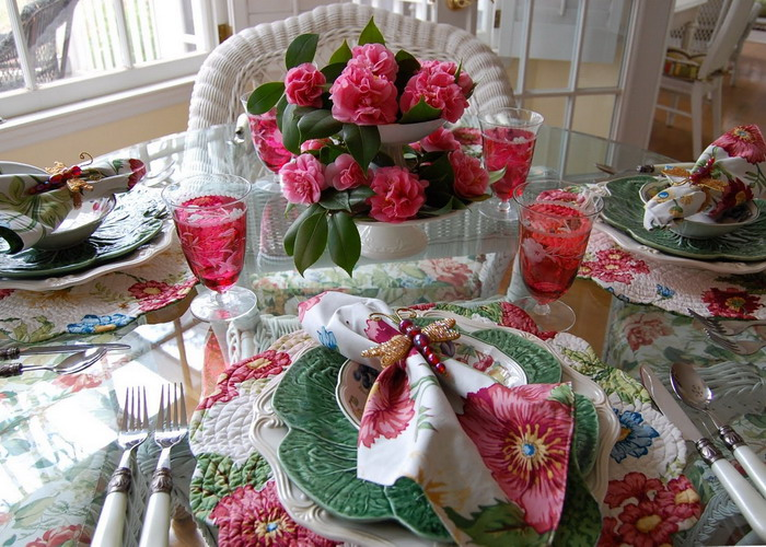 spring-tablescape-with-camellias4