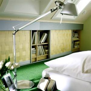 closets-under-sloped-ceilings-raumplus-ideas9-1