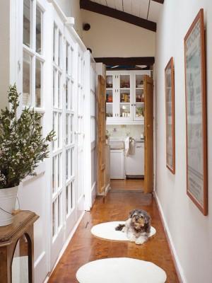 long-hallway-decorating-ideas1-1