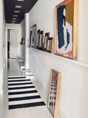 long-hallway-decorating-ideas10-1