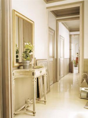 long-hallway-decorating-ideas18-2