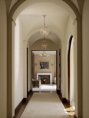 long-hallway-decorating-ideas3-1