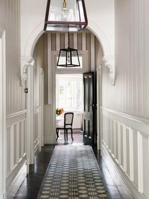 long-hallway-decorating-ideas3-2