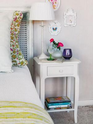 nightstands-to-headboards-creative-ideas4-2