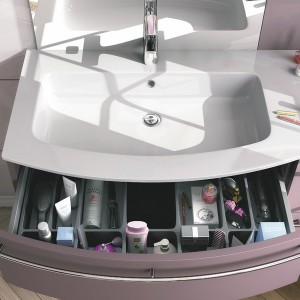 cosmetics-organizing-in-bathroom1-2
