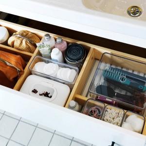 cosmetics-organizing-in-bathroom2-1