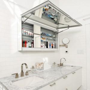 cosmetics-organizing-in-bathroom23-2