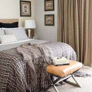 visual-expansion-in-small-bedroom11-1