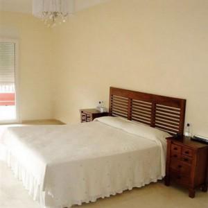 new-design-womens-bedroom-before1