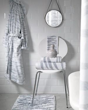 upgrade-bathroom-in-weekend-17-easy-tricks2-2