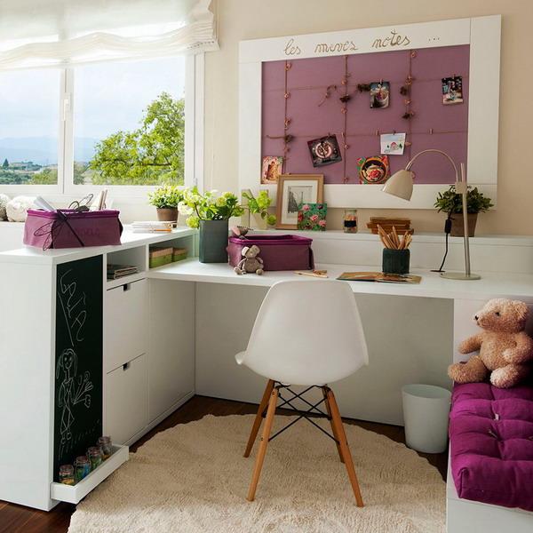 user-friendly-customized-desks-for-children