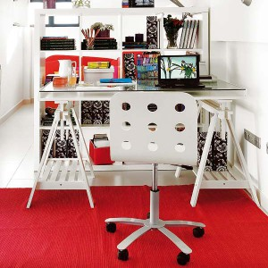 user-friendly-customized-desks-for-children1-2
