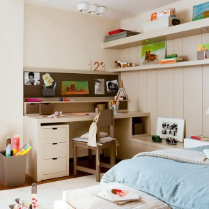 user-friendly-customized-desks-for-children10-2