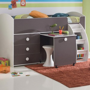 user-friendly-customized-desks-for-children14-2