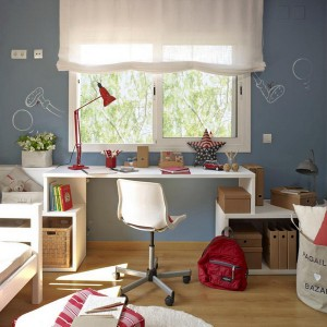 user-friendly-customized-desks-for-children3-2