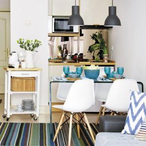 tiny-narrow-studio-apartment-30-sqm4