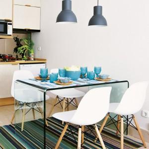 tiny-narrow-studio-apartment-30-sqm9