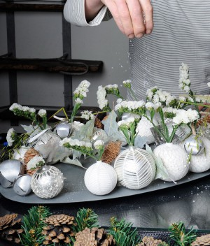white-silver-christmas-floral-centerpiece-step7-2