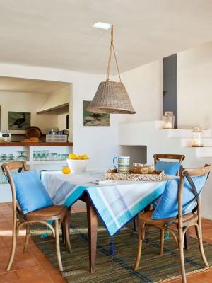 blue-maritime-charm-simple-decor-ideas3-1