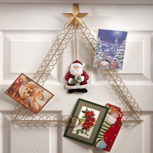 christmas-tree-made-of-holiday-cards15-1