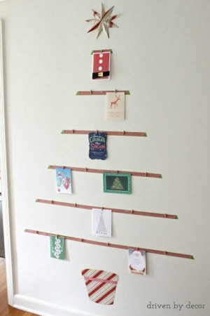 christmas-tree-made-of-holiday-cards2