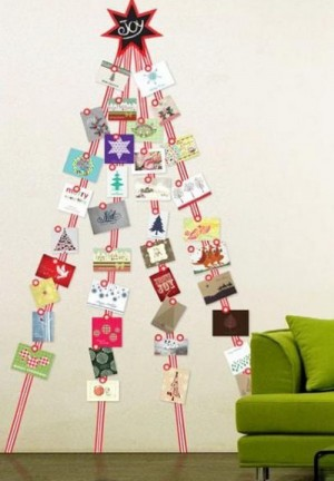 christmas-tree-made-of-holiday-cards8