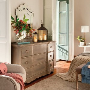 10-reasons-to-choose-antique-chest-of-drawers1-1