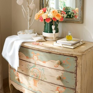 10-reasons-to-choose-antique-chest-of-drawers5-1