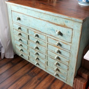 10-reasons-to-choose-antique-chest-of-drawers6-2