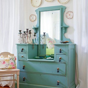 10-reasons-to-choose-antique-chest-of-drawers7-4