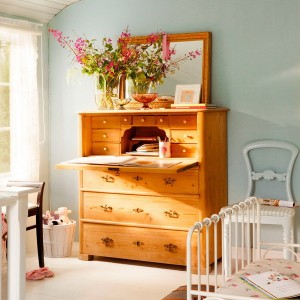 10-reasons-to-choose-antique-chest-of-drawers9-1
