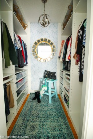 closet-makeover-with-ikea-pax-and-wallpaper2
