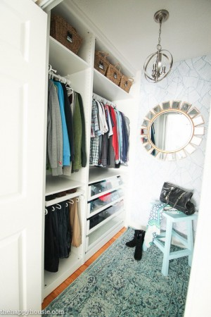 closet-makeover-with-ikea-pax-and-wallpaper3