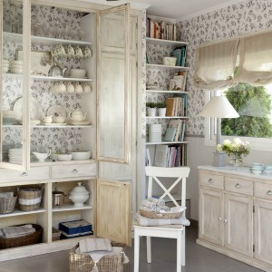 12-secrets-of-vintage-cupboard5-1