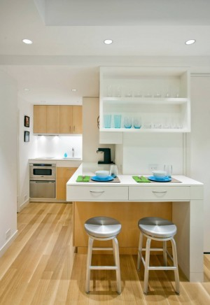tiny-manhattan-studio-apartment-32-sqm17