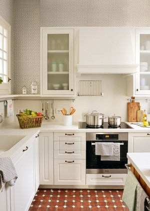 one-small-l-shaped-kitchen3