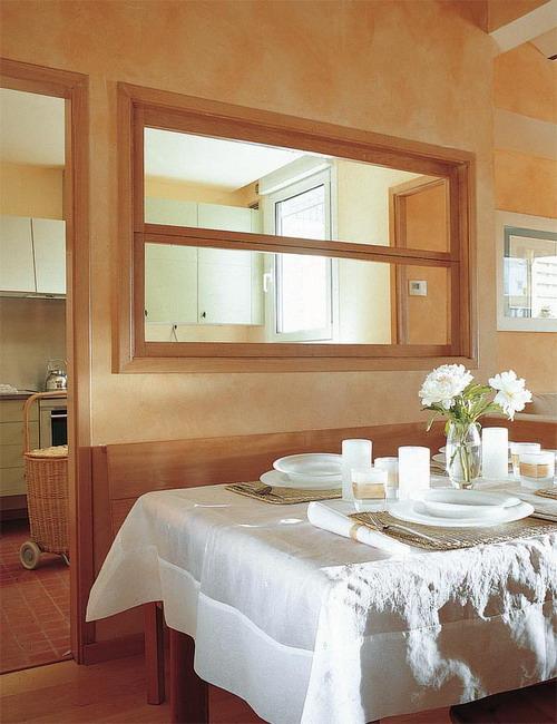 open-window-between-kitchen-and-diningroom12