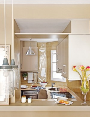 open-window-between-kitchen-and-diningroom3-2