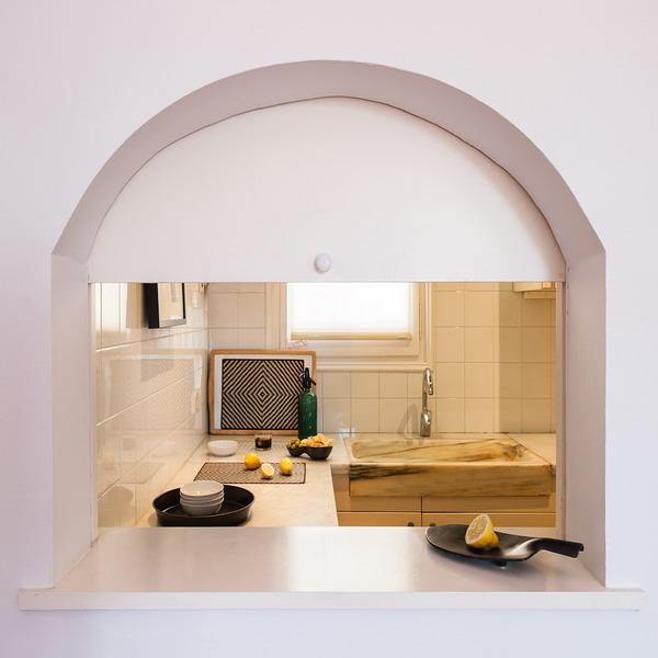 open-window-between-kitchen-and-diningroom30