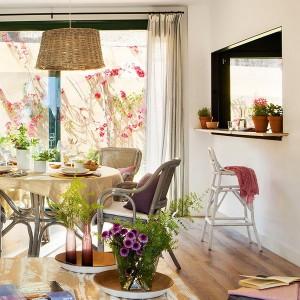 open-window-between-kitchen-and-diningroom5-1