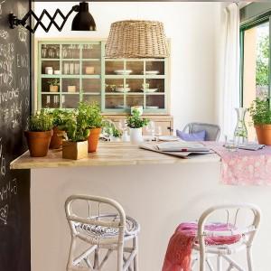 open-window-between-kitchen-and-diningroom5-2