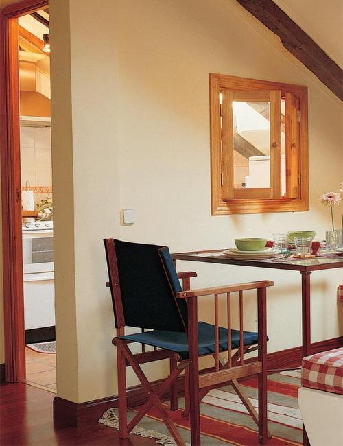 open-window-between-kitchen-and-diningroom9