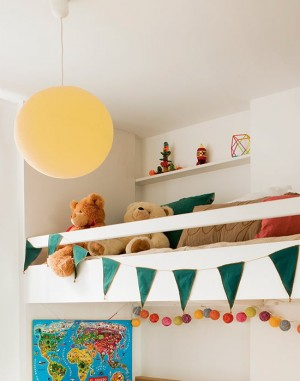 smart-zoning-ideas-in-one-spanish-apartment18