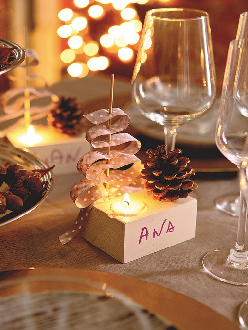 diy-3-tiny-christmas-tabletop-placeholders1