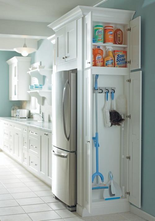 space-saving-broom-closets-ideas1-1