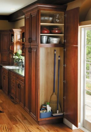 space-saving-broom-closets-ideas1-5