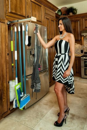 space-saving-broom-closets-ideas2-3